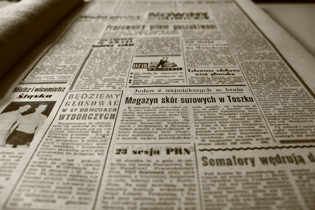 Best ways to advertise a small business-Newspaper